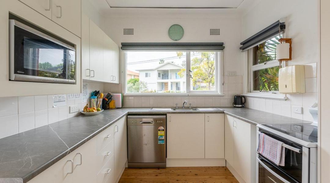 SIL Apache House - Kitchen